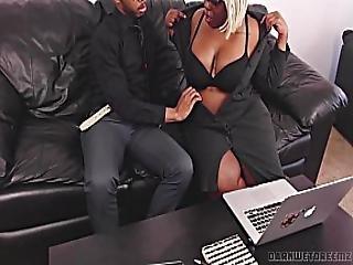 Slutty Ebony Bbw Wedding Planner Wants To Be Fucked Hard