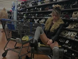 Walmart Milf Bubble Butt Pussy Adventure