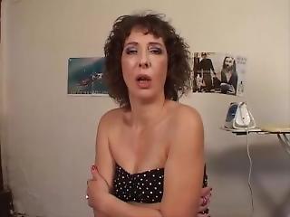 Cougar Cherche Un Mec Pour La Baiser
