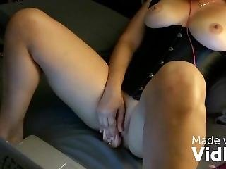 Boriquahotwife Cam And Kiks With A Friend