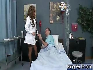 grandes mamas, médica