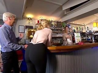 Holly Willoughby - Butt Shot In Tight Black Trousers!!
