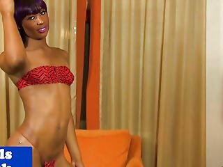 Nubian Tranny Sensually Gratifying Herself