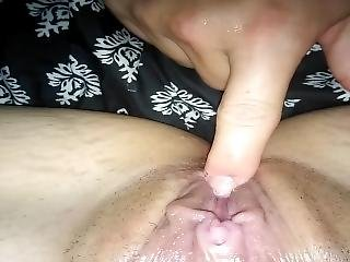 Wife Gets Fingered, Licked And Sucked