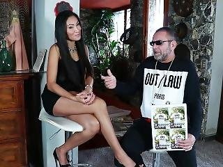 Suzie Q - A Public Interview On Porn With Me