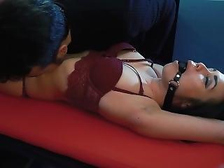 Pussy Tickling