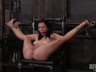 bdsm, stor pupp, bondage, fangehull, fetish, pornostjerne, Tenåring