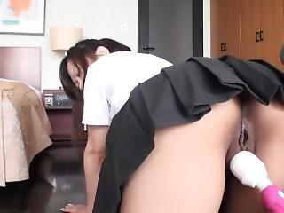 Innocent Japanese Teen Gets Creampie