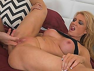 Lewd Blonde Milf Amanda Verhooks Gives Deepthroat Blowjob While Getting Pussy Licked