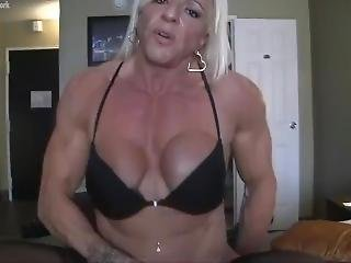 L@cey Gets Fucked And Rewards The Gentlemen With A Soft Baked Pretzel