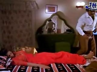 Indian Actress With Seducing Soles Scene