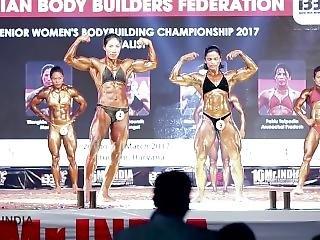 India Fbb Biceps Posedown
