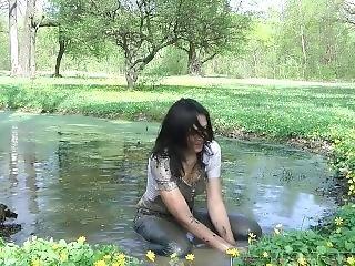 Tanya Wet Jeans