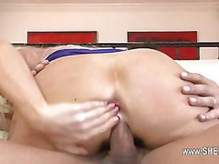 Seductive Babysitter Love Hardcore And Squirting