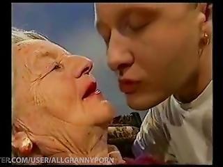 samlefilm, bestemor, kyssing, voksent