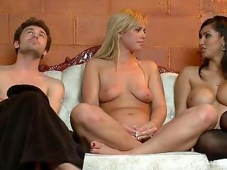 Tara Lynn Foxx, Isis Love-sas (2010)