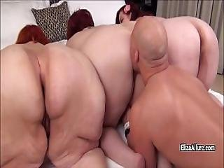 Eliza Allure And Her Amies Are Showing Their Giant Asses