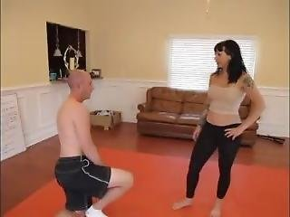 Strong Queen Chokes Out Inferior Male