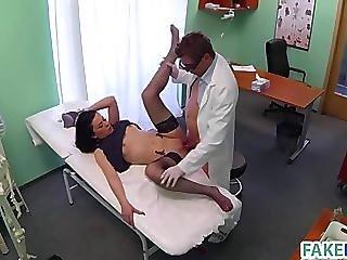 grov lesbisk sex på badet