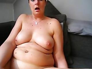Horny Chubby Mature Slut