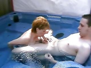 Mature Blowing Young Cock In Jacuzzi