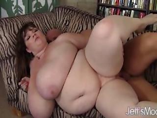Giant Titty Lexxxi Luxe Gets Fucked
