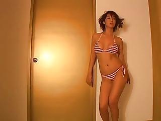 Ayumi Dancing Border Bikini Non Nude