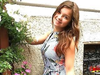 German Scout - 18 Jahre Junge Renata Anal Gefickt Bei Strassen Casting