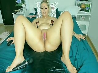 Big Squirt , Blonde Sexy Girl