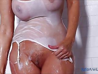 Sexy Milf Julia Ann Lathers Her Big Tits In Shower