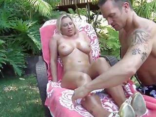 Devon Lee Likes To Have Sex In The Yard. Shes At That Age