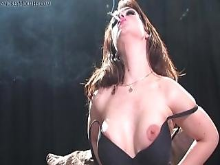 Jade Summers - Smoking Masturbation