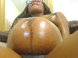 Pregnant Ebony Webcam Belly Movements And Highlights