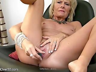 Cathy Duck (essex Milf)