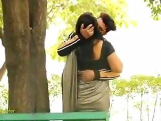 Hot Bhabhi Prank Video Goes Wrong