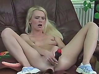 Omg! Hot Blonde Solo Stripping And Playing With Her Pussy
