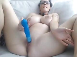 Incredible Girl Dildoing Wet Pussy - Dankporn.com