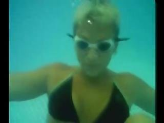 Angel Underwater02