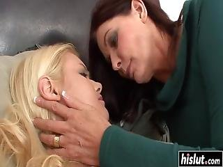 Randee Reed Loves Nothing More Than Masturbating With Her Smoking Hot Friend