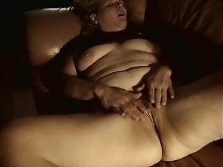 Heather Eisenbraun Masturbating On The Sofa