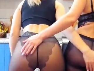 Mom And Daugther Playing Tighether In Black Pantyhose