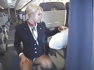 grosse titten, blondine, titte, wichsen, öffentlich, stewardess, strumpf