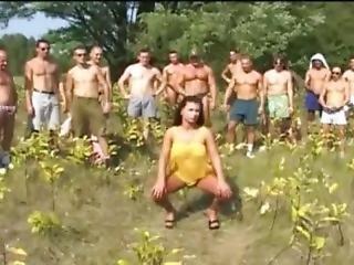 Bukkake, Seks Grupowy