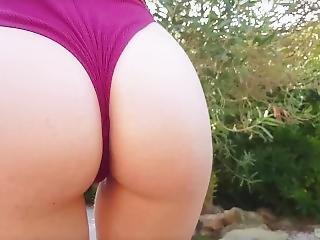 Nephael : Sexy Upskirt