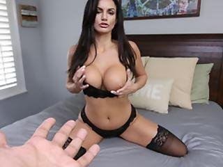 Gorąca czarna laska porno