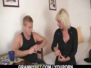 Blonde, Grand-mère, Mamie, Mature, Voisin, Vieux, Réalité, Sexe, Jeune