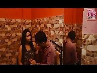 Bengai Hot Sexy Aunty Has Hard Sex With Young Boy Mp4