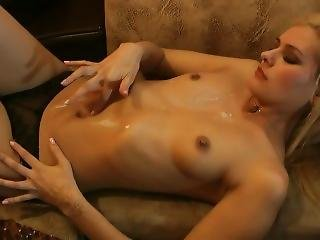 Sexy Belly Button Play