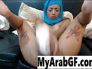 Gorgeous Babe In Hijab Masturbates
