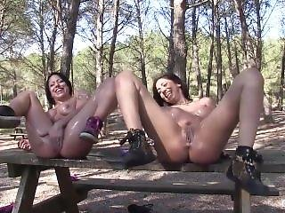Hot Squirting Girls